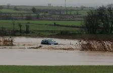 Rescaten el conductor d'un vehicle a Ossó de Sió