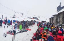 L'abundància de neu permet un gran cap de setmana a les estacions d'esquí de Lleida