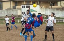El Torà gana un partido después de 14 jornadas