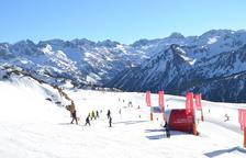 Tallers, curses i activitats per atreure esquiadors