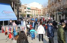 Desenes de botigues en mercats de rebaixes de Mollerussa i Tàrrega