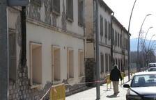 La Pobla exige tirar o rehabilitar casas en ruinas