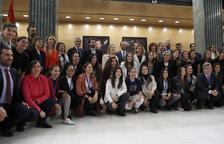 Las jugadoras de Primera, junto a los sindicatos, presentaron ayer el convenio en el Congreso.