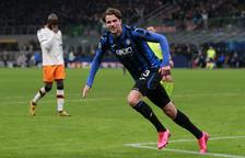 Debacle del Valencia, obligado a remontar tres goles al Atalanta