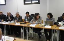 La consellera d'Agricultura, Teresa Jordà, ahir, en la sectorial de la fruita dolça celebrada a Lleida.