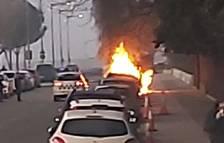 Otros 2 incendios de coches en Universitat e Instituts