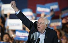 Sanders arrasa els rivals a Nevada