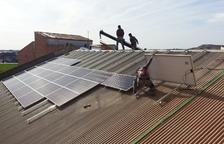 Plaques fotovoltaiques al consistori de Torrefarrera