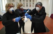 Torres de Segre reúne a 80 personas voluntarias para confeccionar mascarillas