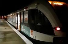 El tren de la Pobla rinde tributo a los confinados y a los que trabajan