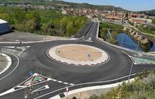 Ivars de Noguera estrena la nova rotonda de la C-26