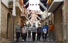 Puigverd luce los estandartes de su feria de Sant Jordi