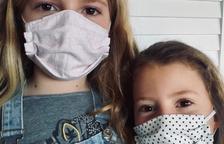 Ayuntamientos de Lleida reparten mascarillas para niños