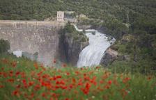 Sant Antoni abre compuertas para recoger agua del deshielo por el calor