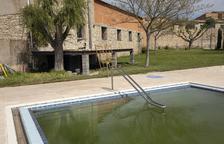 El local social de Tarroja comunicará con la piscina
