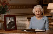 """Isabel II, """"orgullosa"""" de la respuesta de los británicos frente a la Covid"""