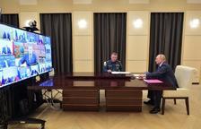Putin es prepara per seguir en el poder en una Rússia post-Covid