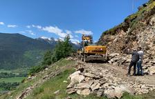 Pas alternatiu per a les emergències a l'accés a Burgo i Llavorre arran de l'allau de roques