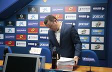 El president del Lleida Esportiu, Albert Esteve, a la sala de premsa del Camp d'Esports.