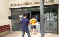 Tremp obre la biblioteca i atén trenta usuaris