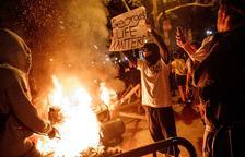Els disturbis s'estenen per tot Estats Units i quaranta ciutats decreten el toc de queda