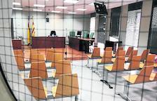 El jutjat Penal 3 s'han suspès 83 judicis.
