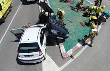 Herido crítico en un choque frontal de dos coches en Olius