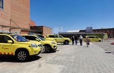 Munten un hospital de campanya a l'exterior de l'Arnau de Vilanova de Lleida.