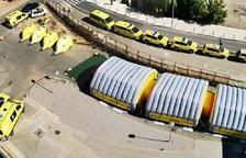 Vista aèria de l'hospital de campanya del SEM instal·lat a l'exterior de l'hospital Arnau de Vilanova de Lleida.