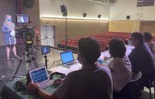 Una treintena de personas participaron en la audición de ayer en el Cinema Era Audiovisuau de Vielha.