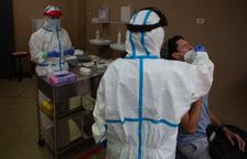 La vacuna desarrollada en Oxford, segura y entrena el sistema inmunológico