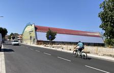 El polideportivo de Cervera estrena su nueva cubierta