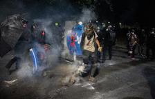 Nit de protestes violentes en diverses ciutats dels EUA
