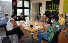 Imagen de la reunión del martes entre el IEI y la Ribagorça para hablar del nuevo festival.