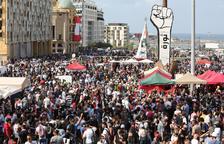 Cien heridos en las protestas en Beirut tras la gran explosión