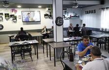 Les terrasses de Lleida ja no tenen la limitació del 50% i demà s'eliminarà l'aforament a les botigues