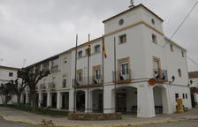 Licencia para legalizar la granja familiar de Dante Pérez en Gimenells