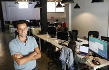 Carlos Mencía, en la oficina de Just Digital.