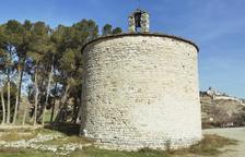 La sorprenent i original esglesiola de Sant Pere el Gros, als afores de Cervera