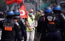 Més de 250 detinguts en la tornada dels Armilles Grogues