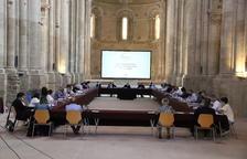 La taula de recuperació de la ciutat va congregar representants de mig centenar d'institucions, sectors i entitats a la Seu Vella.