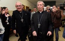 Los obispos de Barbastro y Lleida, en el juicio en Barbastro en 2019.
