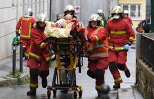 Un atac terrorista a l'antiga seu de 'Charlie Hebdo' se salda amb dos ferits