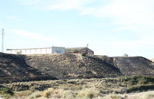 Arden dos hectáreas en Alguaire