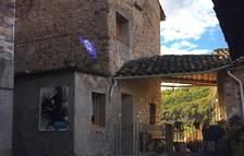 El nucli antic de la Pobleta de Bellveí, carrerons florits