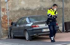 Muere al chocar su coche contra la pared de la iglesia en Alcoletge