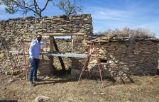 Preixana restaura otras cuatro antiguas cabañas de piedra