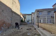Torrelameu millora la plaça de l'entorn de l'església