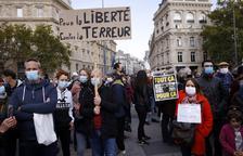França anuncia que no donarà respir als jihadistes