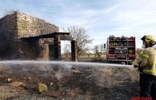 Sufoquen incendis de vegetació a les Borges, Maials i Castelldans